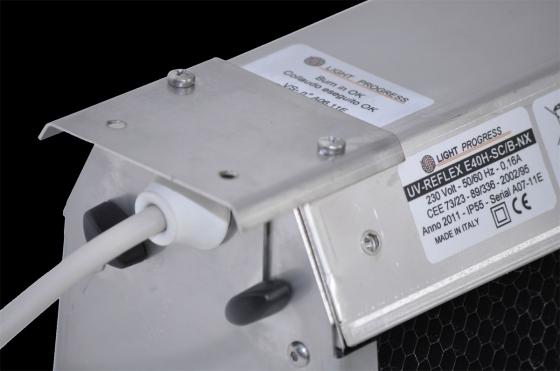 UV-REFLEX-SCB